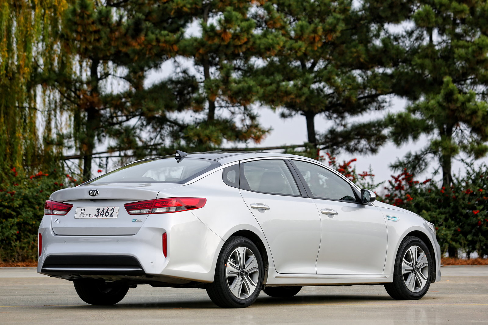 Kia Optima Hybrid Rear Quarter