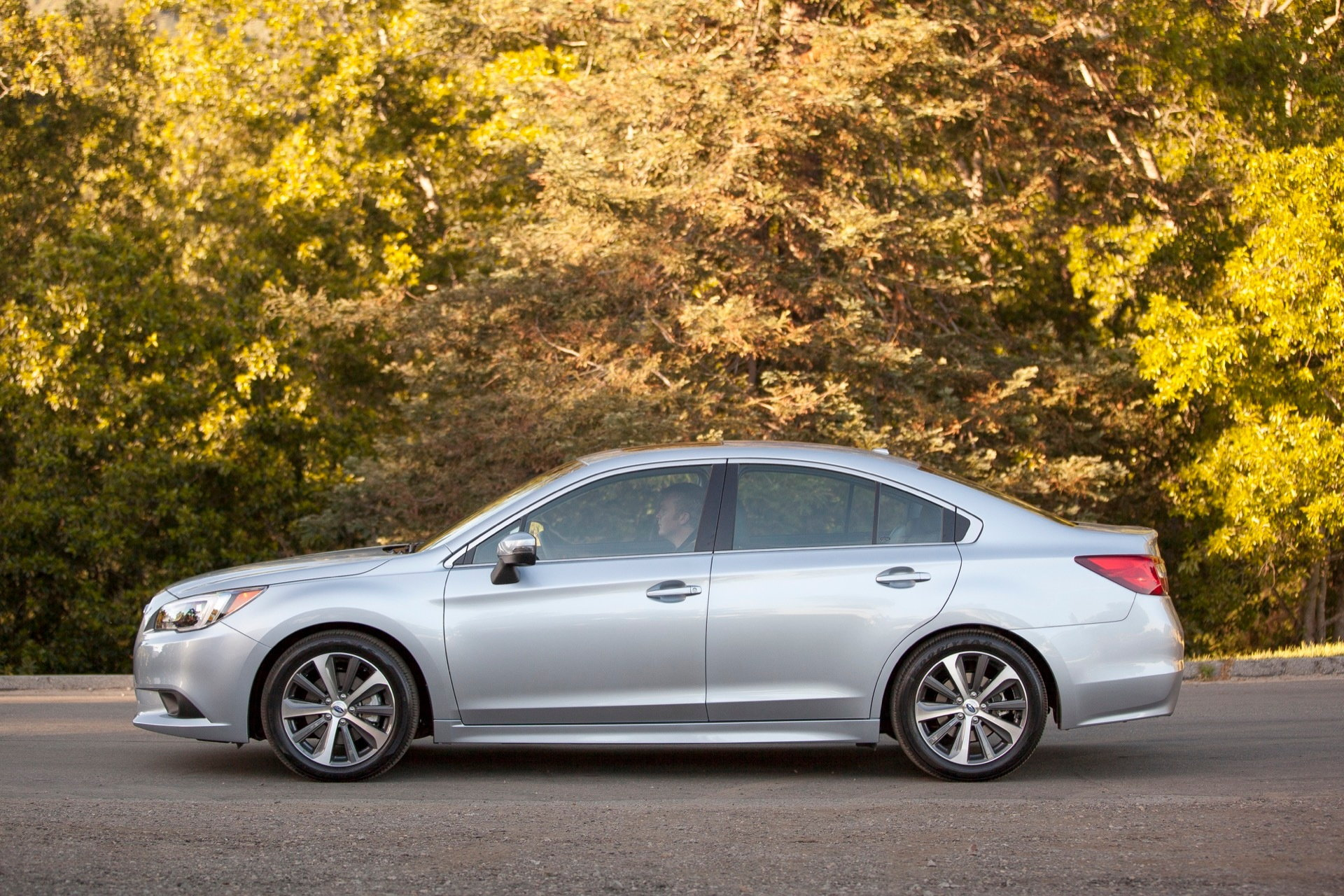 2016 subaru legacy news pricing and release date. Black Bedroom Furniture Sets. Home Design Ideas