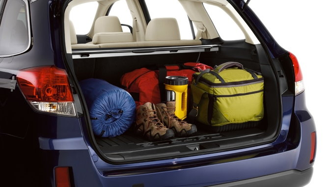 the five cars with the most cargo space carsdirect. Black Bedroom Furniture Sets. Home Design Ideas