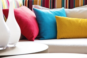 8 Ideas Under $10 to Add Color to Your Home