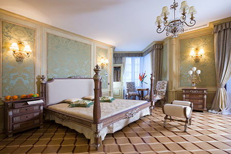 how to decorate a master bedroom with french country style