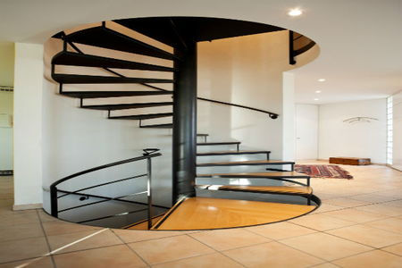 Choosing sizes and steps for spiral staircases for Pre made spiral staircase