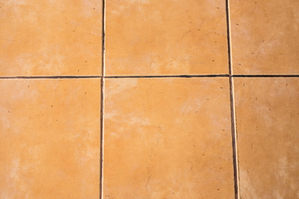 How to replace grout in tile floor