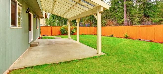 How To Slope A Concrete Patio For Drainage Doityourself Com