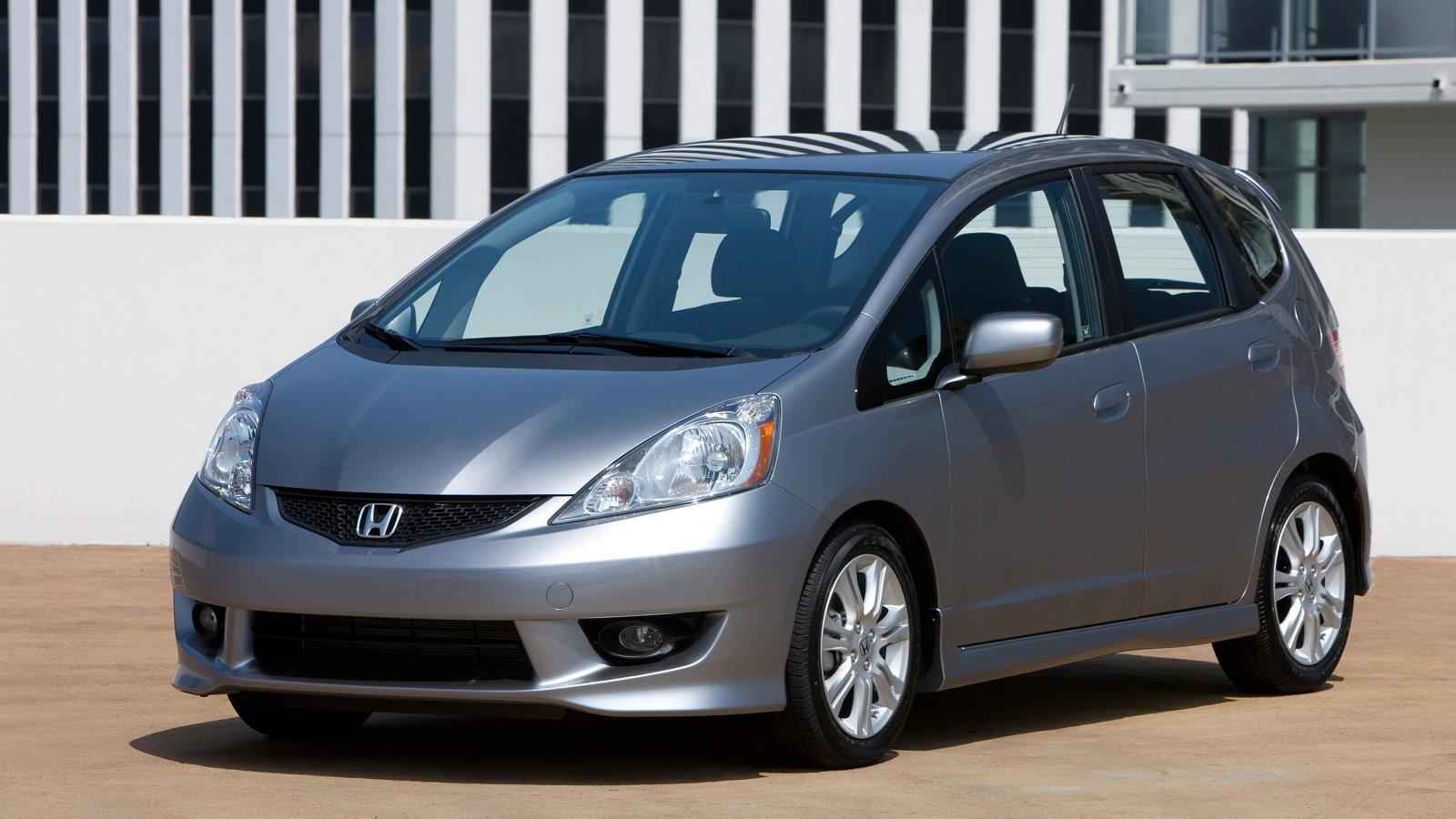 1. Do you like the Honda Fit?