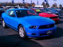 2011 Grabber Blue Mustang Base V6 Auto