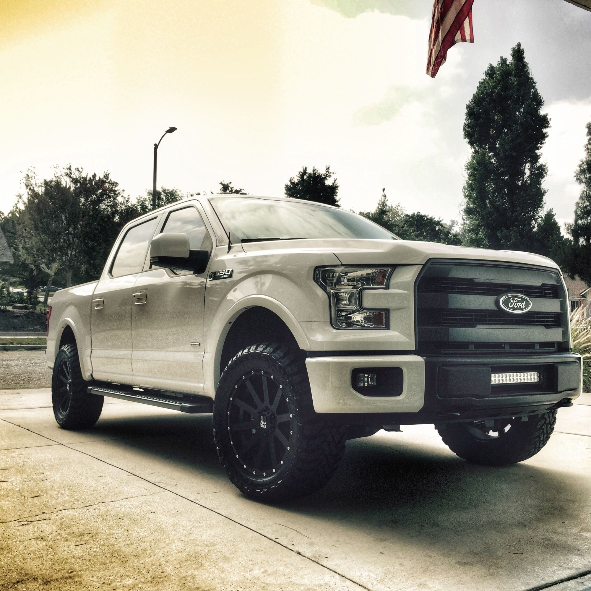 2015 f 150 lightbar in bumper ford f150 forum community of ford truck fans. Black Bedroom Furniture Sets. Home Design Ideas