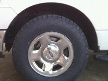 Wheel and Tires Image  Nitto Terra Grapplers 265/70/17