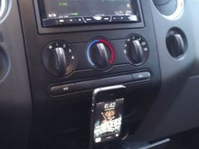 F150 Ash tray docking station