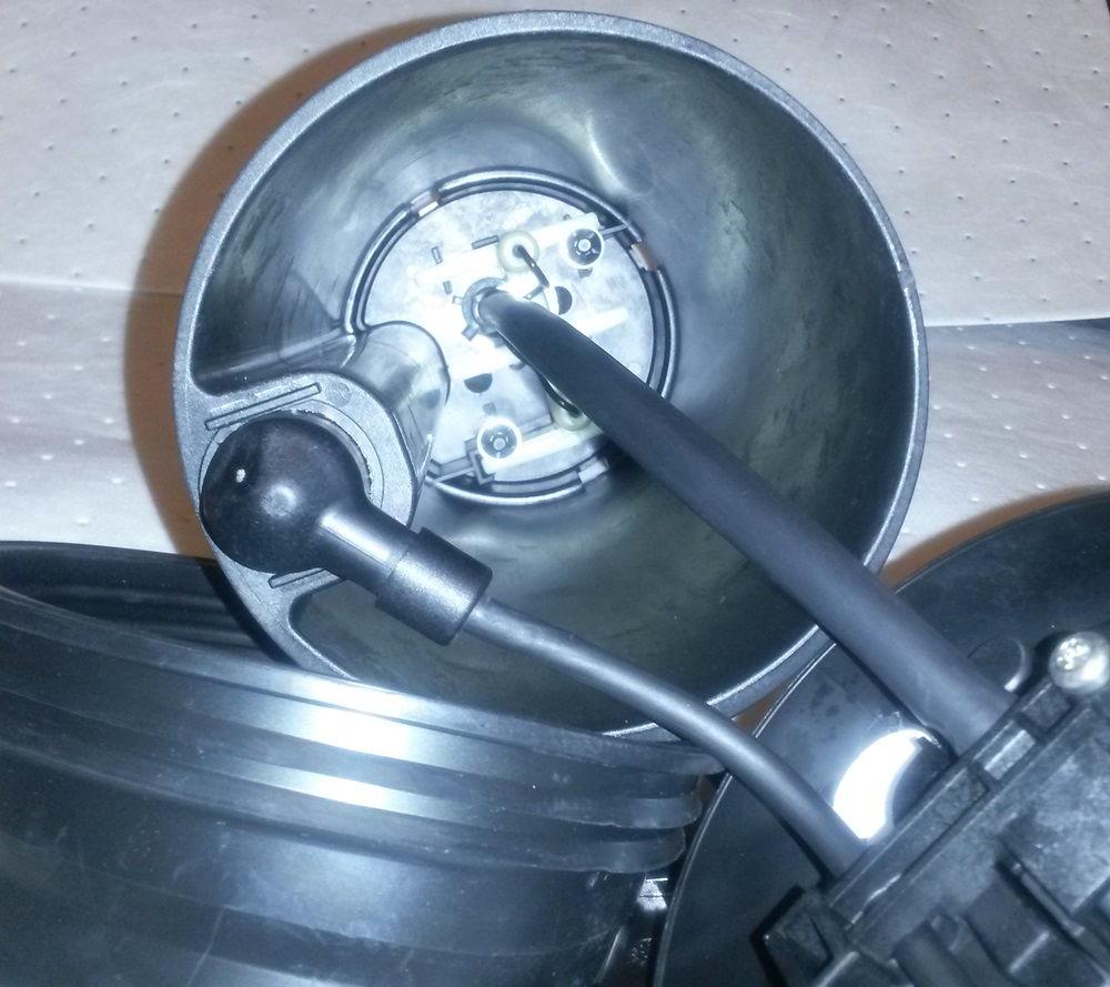 diesel forum 2011 f super duty def reductant heater sender assembly pics. Black Bedroom Furniture Sets. Home Design Ideas