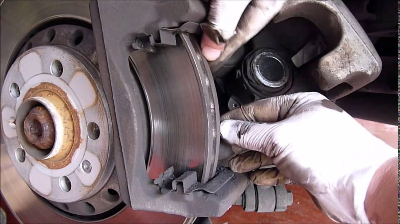 Audi Q5 How to Replace Brake Pads Rotors Calipers - Audiworld