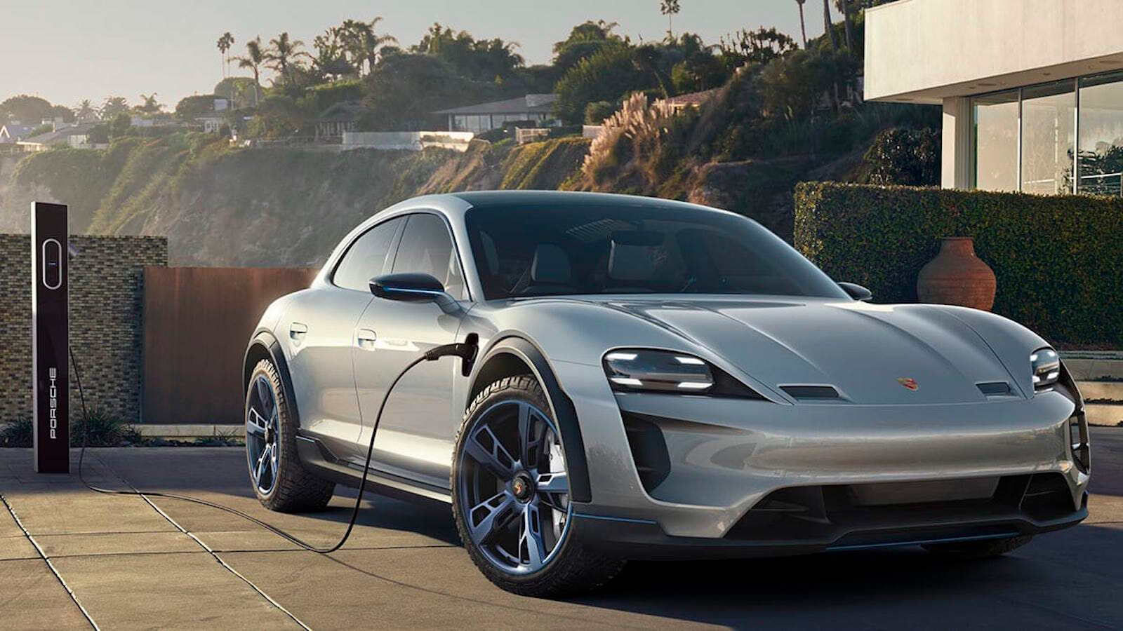 E-Tron Saloon Will Hit the Market by 2020