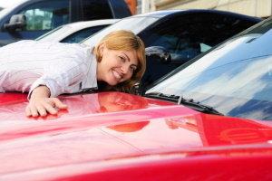 ¿Se puede arrendar un auto con mal crédito?