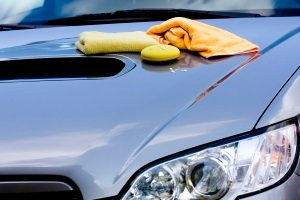 cleaning your car's paint job