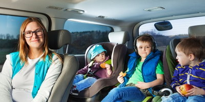 Best Cars for Large Families - Banner