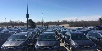 2017 Chrysler Pacifica Minivans Drive Away to Dealerships