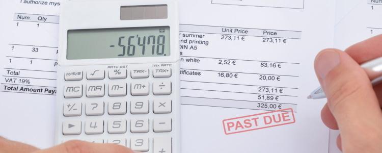 ¿Qué es un aplazamiento de pago de un préstamo para automóvil?
