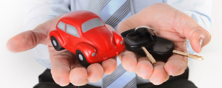 Should I Have a Cosigner or a Co-Borrower on my Bad Credit Auto Loan?