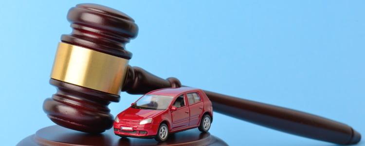 ¿Es posible comprar un vehículo durante la bancarrota bajo el Capítulo 7?