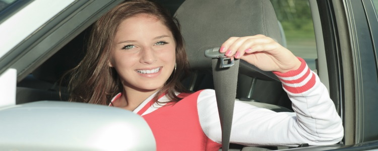teen driver safety, buckling seat belt