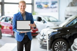 Targeting Buyers with Your Car Dealership's Social Media Strategy