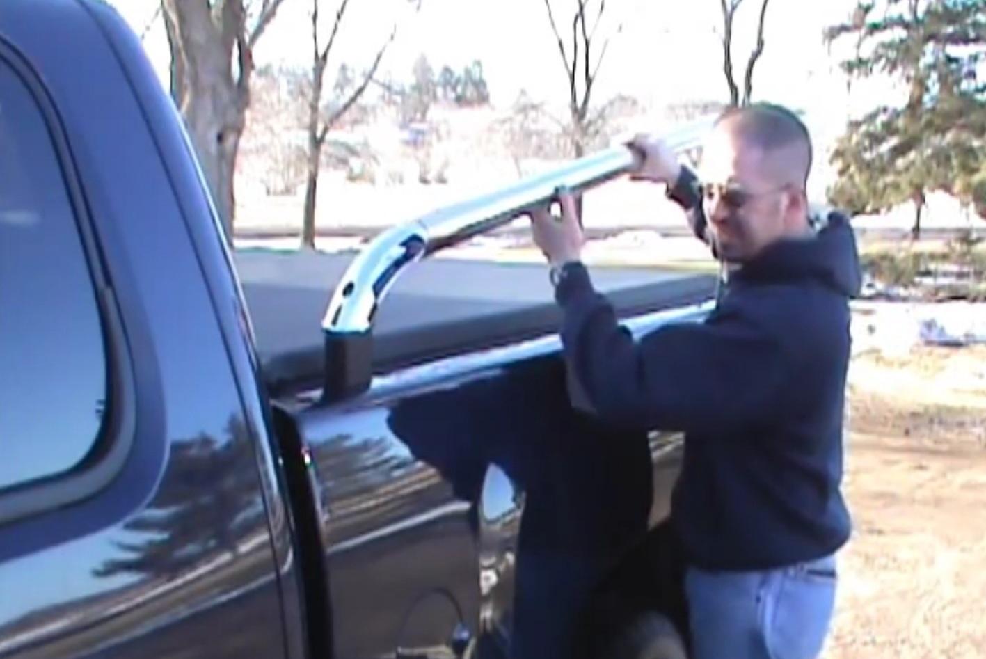 Chevrolet Silverado Gmt800 1999 2006 How To Install Truck