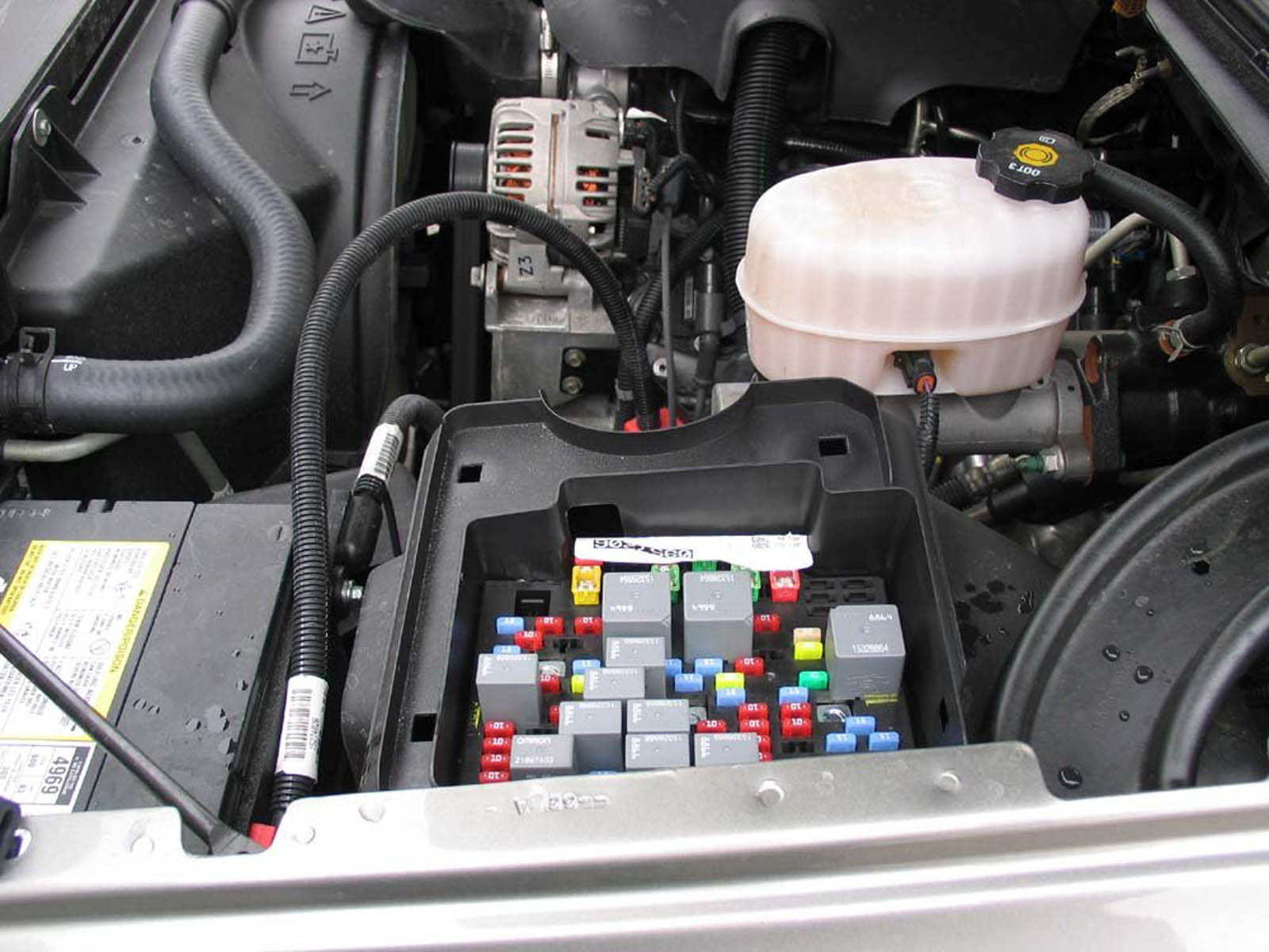 chevrolet silverado gmt fuse box diagram chevroletforum engine bay fuse box