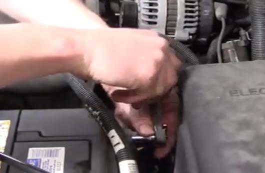 Chevrolet Silverado 1999-2006 GMT800 How to Replace