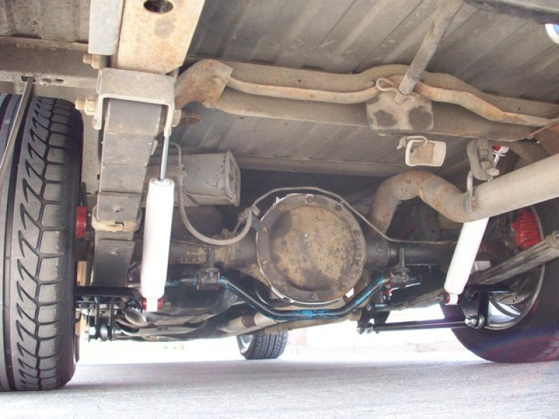 Silveradorearshocksaftermarket Resized on 1999 S10 Front Differential Diagram
