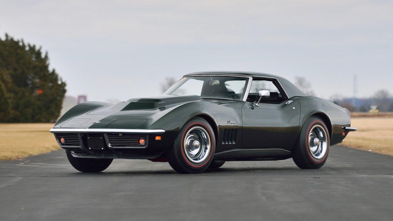 1969 Corvette in Fathom Green
