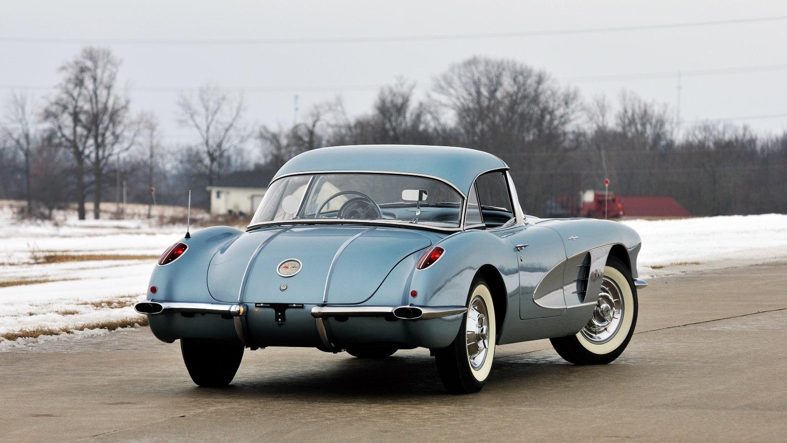 1958 Silver Blue Corvette