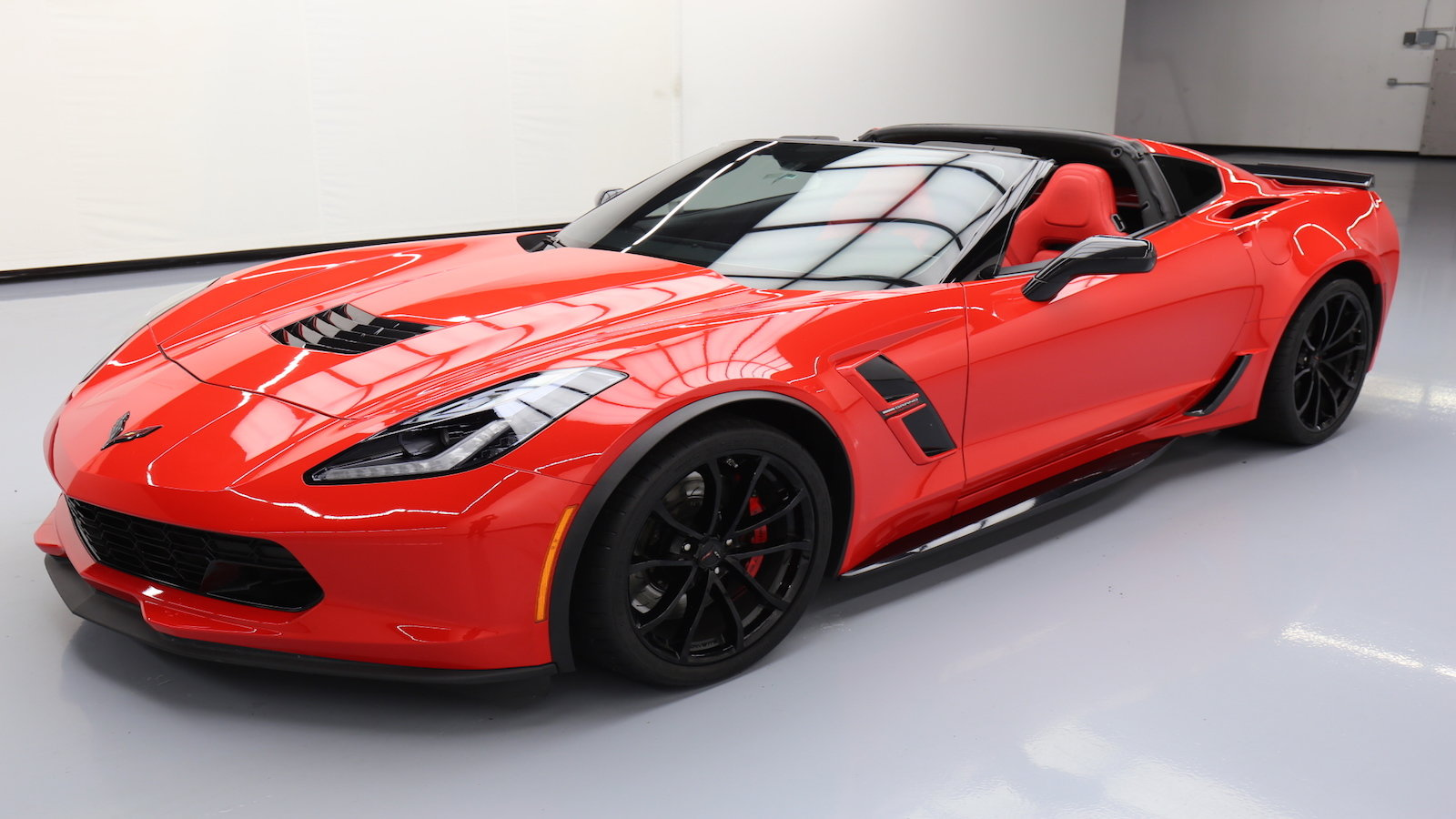 A Guide to Finding a Corvette at Auctions