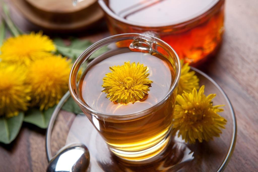 cup of dandelion tea