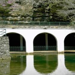 Dunbar Cave entrance