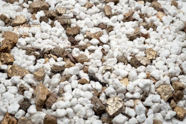 Perlite soil