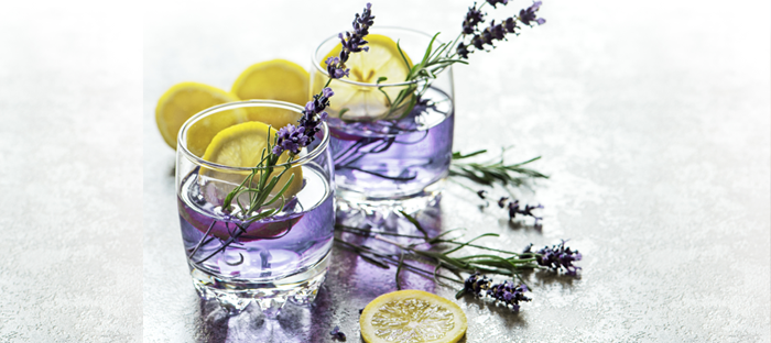 lemon drinks with lavender sprigs