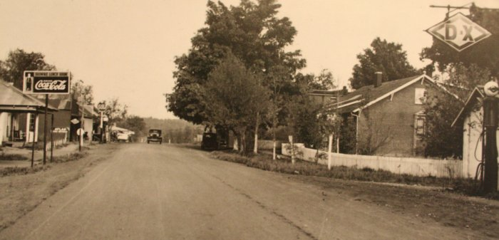 Street in old Birmingham KY