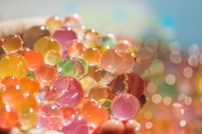 polymer moisture crystals