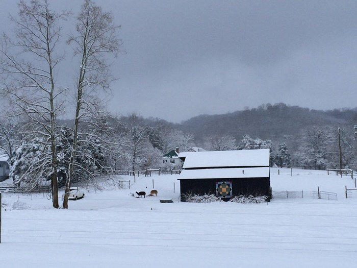 snow scene with barn quilt