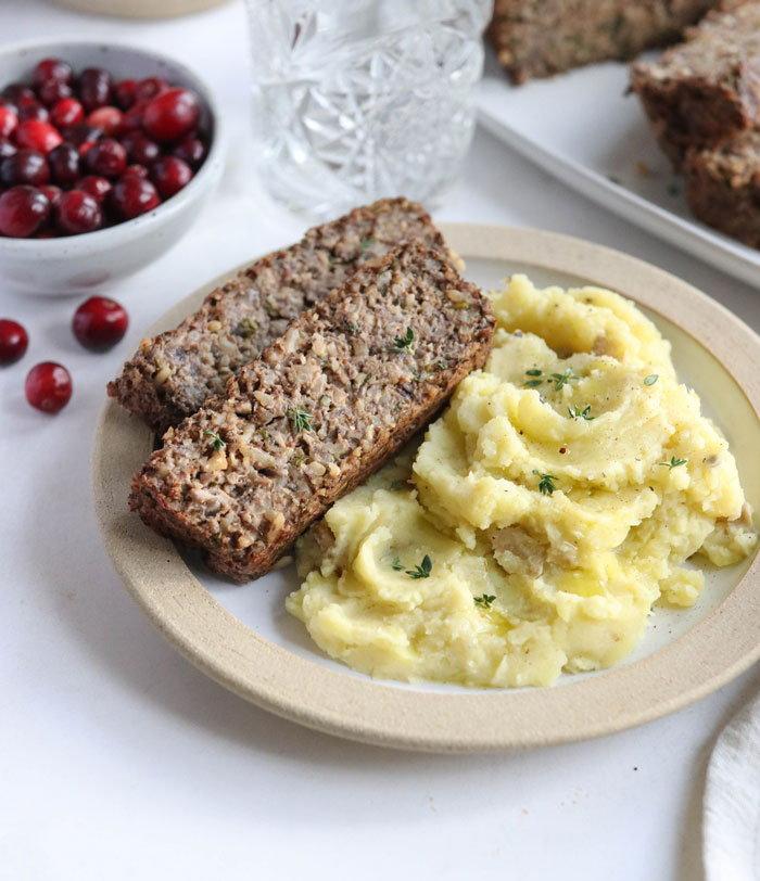 nut loaf/vegan meatloaf