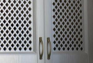 A flush door.