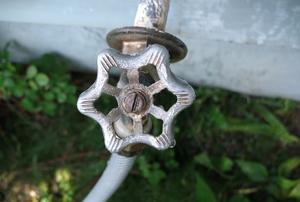 Outdoor faucet handle