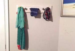 DIY Shabby Chic Wall Storage