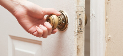 Unlocking a Bedroom Door in an Emergency | DoItYourself com