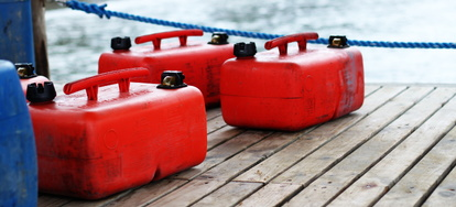 Tips for Cleaning a Boat Fuel Tank | DoItYourself com