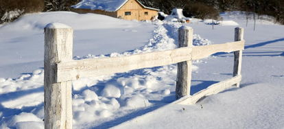 how to install split rail fence post