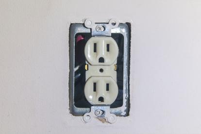 Replace A Broken Outlet Doityourselfcom