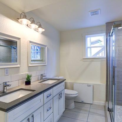 Super How To Hang A Bathroom Mirror Doityourself Com Download Free Architecture Designs Ferenbritishbridgeorg