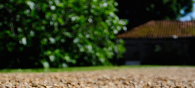 Heavy duty edging for gravel driveway doityourself building a gravel driveway can be an affordable and great looking way to create a place for parking vehicles to install it will require special solutioingenieria Gallery