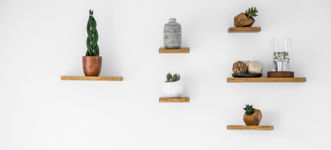 Easy DIY shelf with simple styling